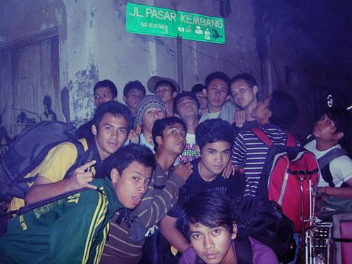 Belitung Merantau di Pasar Kembang, Jogja. Sekadar numpang foto.