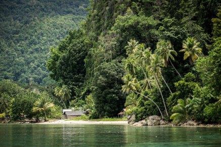 Indahnya alam Negeri Saleman. Sumber foto dari Flickr oleh Maurice Weststrate.