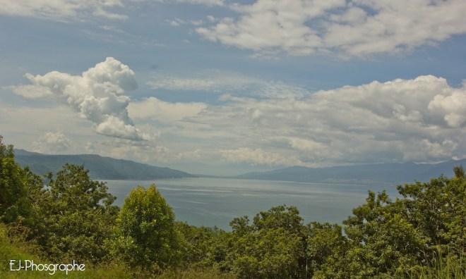 Danau Singkarak oleh Erwin Jonathan